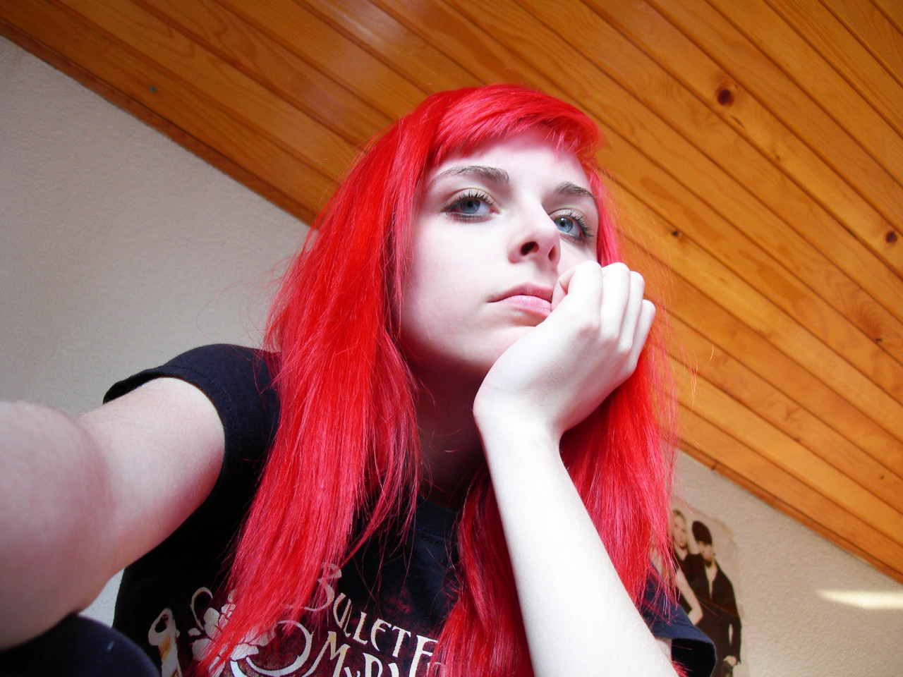 gothic-sanctum:   An old photo. Bored,and no makeup.ugly.. I miss my hair color so much.
