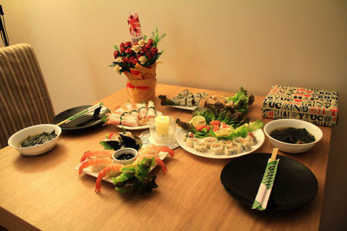 japanlove:  Sushi by KFoodaddict on Flickr.
