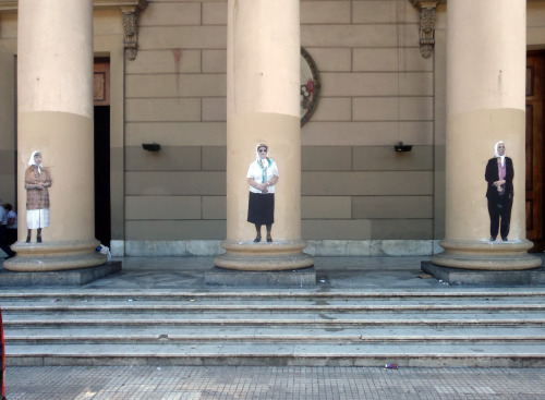 No Touching Ground Las Madres Plaza De Mayo photo: Tyler Hunt