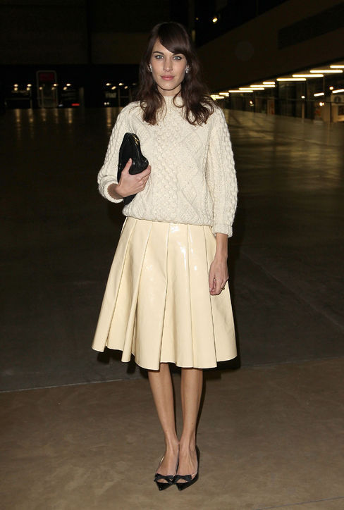 Alexa Chung nails one of NYFW's biggest trends: head-to-toe winter white.