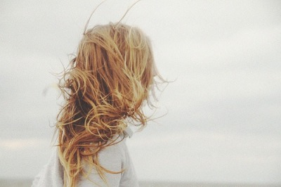 ificouldcountthestars:  beach hair <3