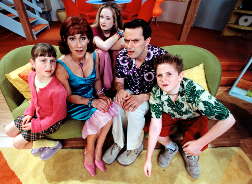 30yearsofcitv:  2000: My Parents are Aliens Series Two Promotional Cast Photo