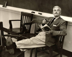 awesomepeoplereading:  Faulkner reads.       (via TumbleOn)