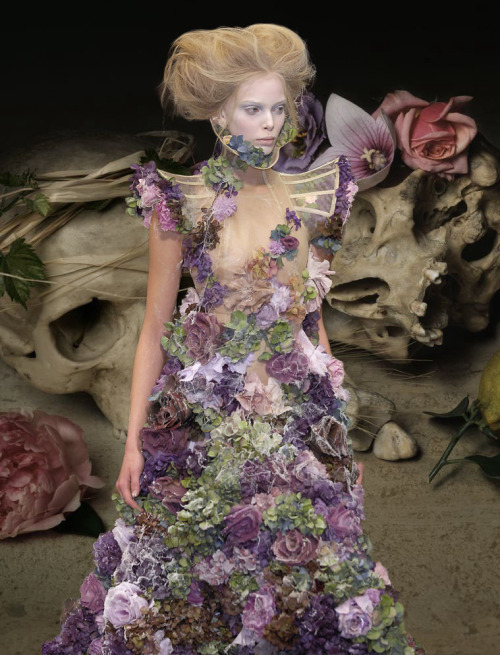 "somethingvain:  Alexander McQueen S/S 2007 'Sarabande', Tanya Dziahileva on the runway x Guido Mocafino's Omnia Vanitas c.2007   ""Ah! Vanitas vanitatum! Which of us is happy in this world? Which of us has his desire? or, having it, is satisfied? — Come, children, let us shut up the box and the puppets, for our play is played out."" - William Makepeace Thackery, Vanity Fair 1948    Buried Treasure: Alexander McQueen S/S 2007. Graceful and elegant, yet so haunting,"