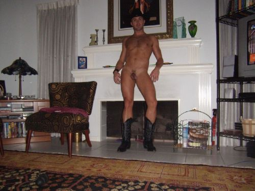 bootedcowboys:  like this? come and look @ http://bootedcowboys.tumblr.com