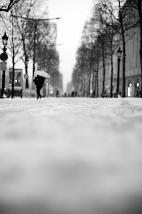 Snow on the Champs-Élysées