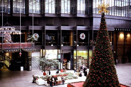 Crystal Court in the IDS Center, circa 1980 Another image from our Minneapolis Information Library slide collection.  We'll be sharing more images from the collection as we digitize it.