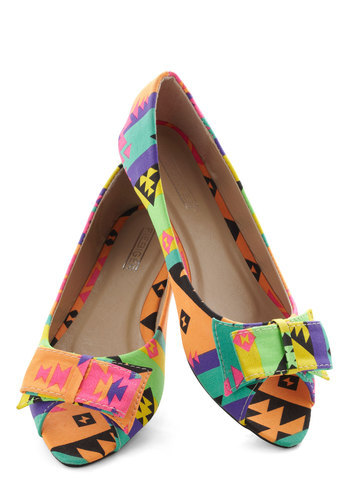 "modcloth:  Talk about ""walking on sunshine""! Shop the Neon the Road Flat.  These Aztec printed flats would be perfect for the Summer Time! Want!"