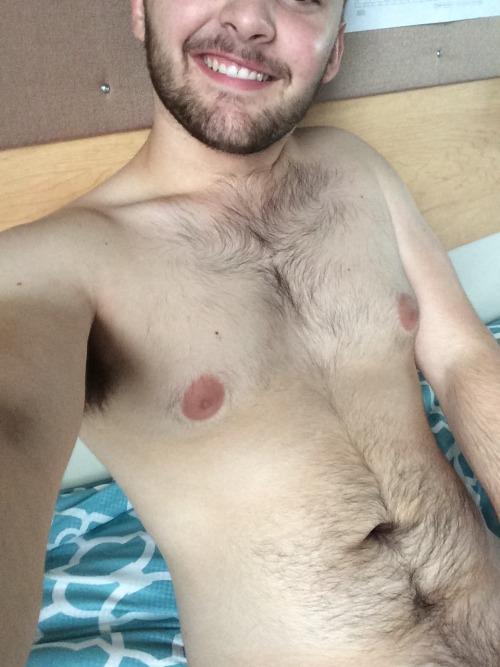 banianco:Topless Tuesday!