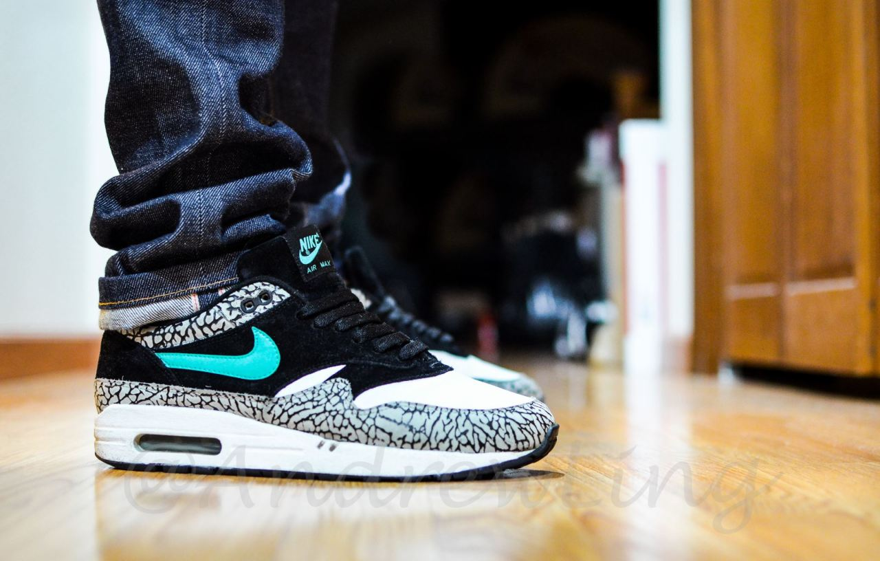 sweetsoles:  Nike Air Max 1 'Atmos Elephant' (by Andrew Ling)  Another additional to my collection