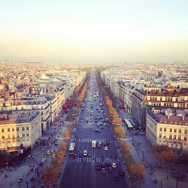 #paris #france #street #vanishingpoint #sunset #landscape #picoftheday #photooftheday #photography #jj #igersdublin #igers #Insta_daily #travel