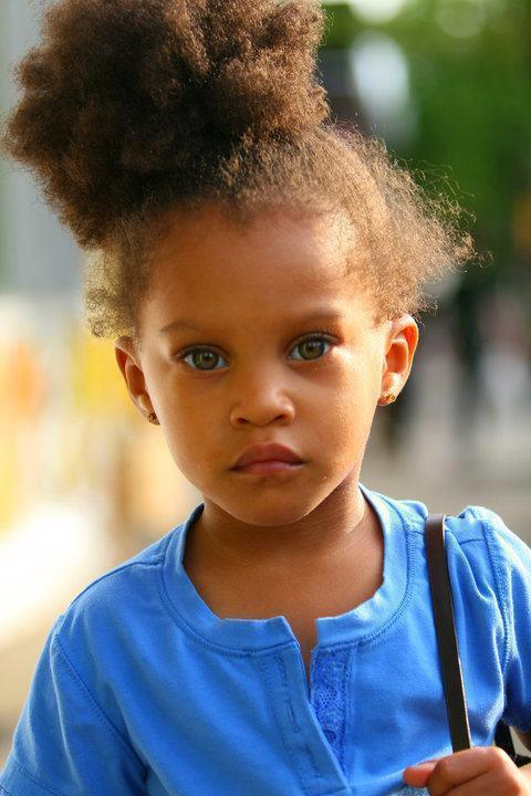 whiteboysdatingblackgirls:       Cute kid !                      Follow my blog : http://whiteboysdatingblackgirls.tumblr.com/