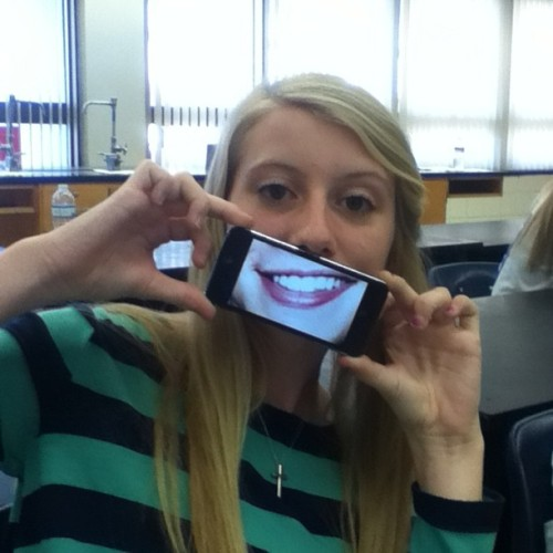 @bippy_12 has the smile of Harry Styles. This is really creepy. #HarryStyles #OneD #Chemistry #Picture #IPhone