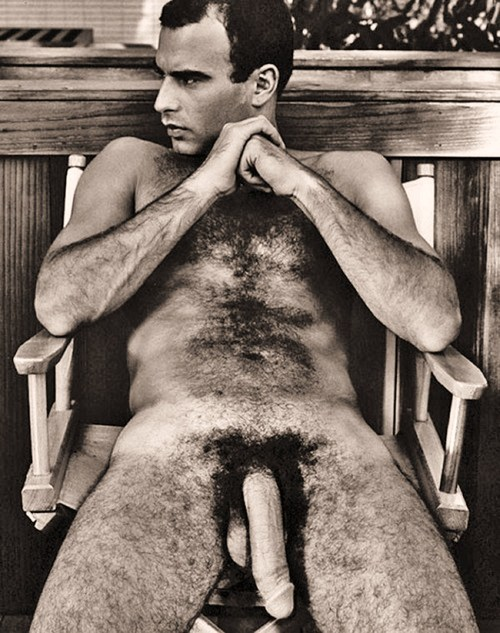 fuckyeahvintageguys:  Tons of Vintage Pics at Fuck Yeah Vintage Guys.Click Here to Follow Fuck Yeah Vintage Guys.