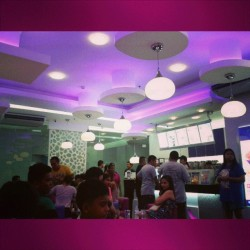 Now, now. This is my kind of place! #fortheloveofpurple #whenincebu #pigoutallday  (at ChaTime I.T park)
