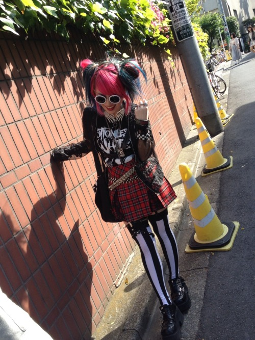lisa-j-poole13:  Thanx Sakki Doll<666