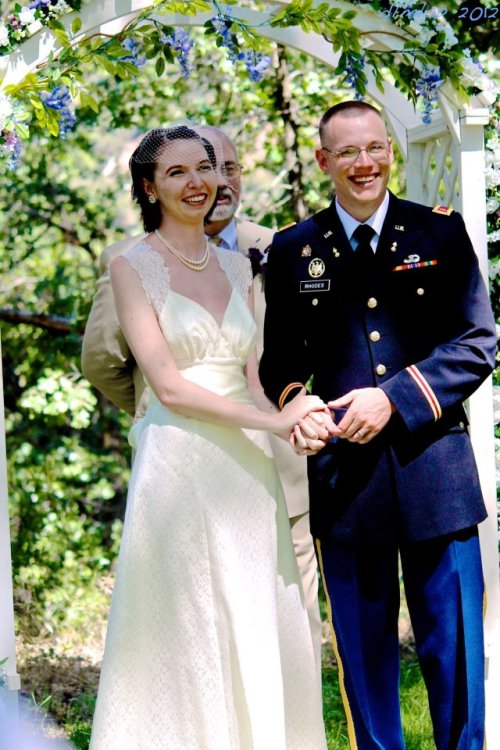 whisperthosesweetwords:  Looking at wedding pictures again, because it makes me happy <3