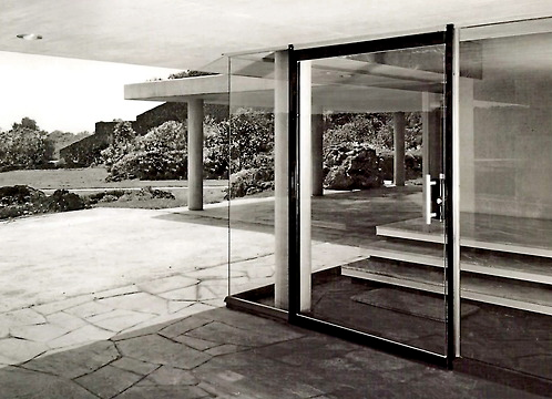 Glass entrance, Casa Fernandez, Pedregal, Mexico City, 1956