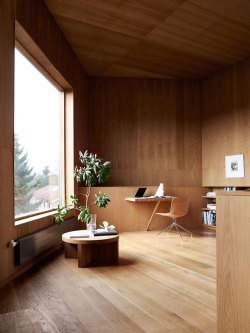 Danish Summer House Of Architects Mette and Martin Wienberg (via: http://www.yatzer.com )