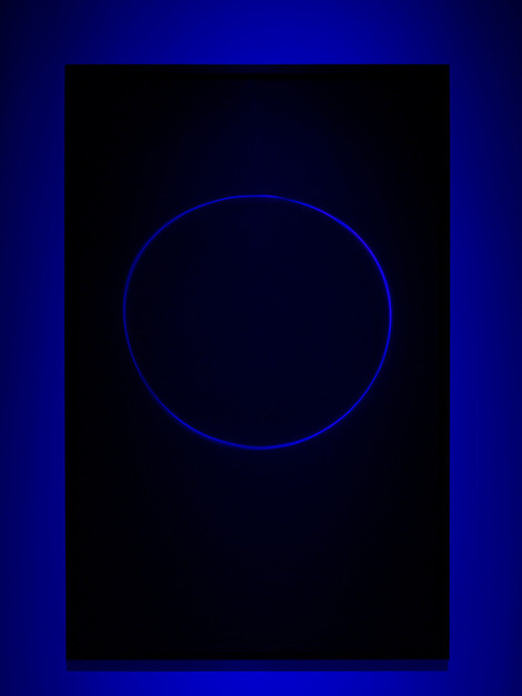 vjeranski:  James Turrell, Untitled (9NSB). Transmission light work, 156.2 cm x 100.3 cm