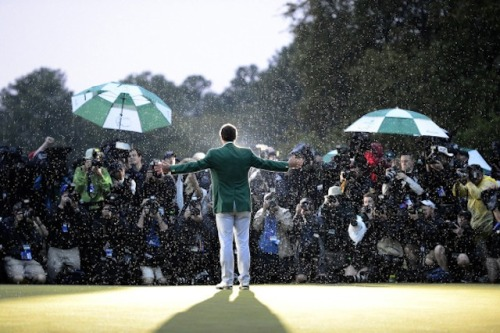 thetickr:  This is one photo Adam Scott will want to frame and put in the man cave. (photo via Xinhua News Agency/Newscom)