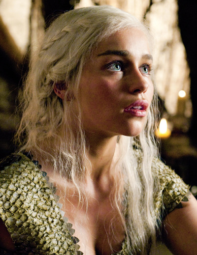 yayforgray:  cl0thes0ff:   I am Daenerys Stormborn and I will take what is mine with fire and blood.  i just want to marry her  What show is this?