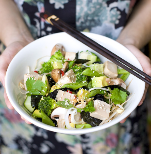veganrecipecollection:  (via Green Kitchen Stories » Green Sushi Salad)