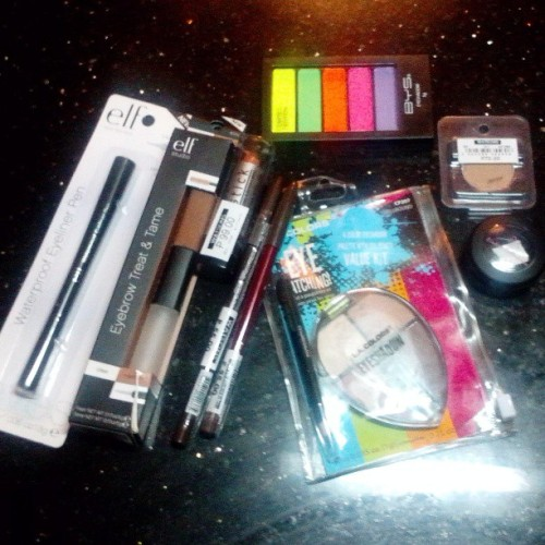 MINI MAKEUP HAUL :) #elf #BYS #LaGirl #everbelina #pinkiescollection #minihaul #haul #makeup #colors #awesome #happykid