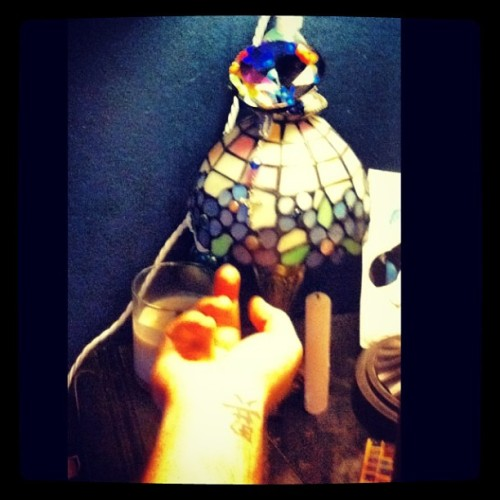 Bedside Tiffany lamp on hubbies side @kevinj0seph