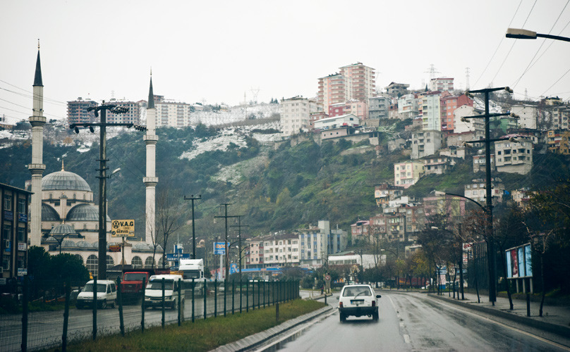Trabzon is where departed finally by car. We rented a Volkswagen transporter without any seats because of the extra room needed. We did at this moment forget that we barely had slept and were excited to go south. We had little expections of what challenge that would be.