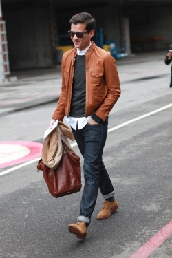 Great casual texture. Stylish classic pieces for Spring.