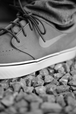 skate-2day:  Urban/Skate/Graffiti Culture B&W Blog