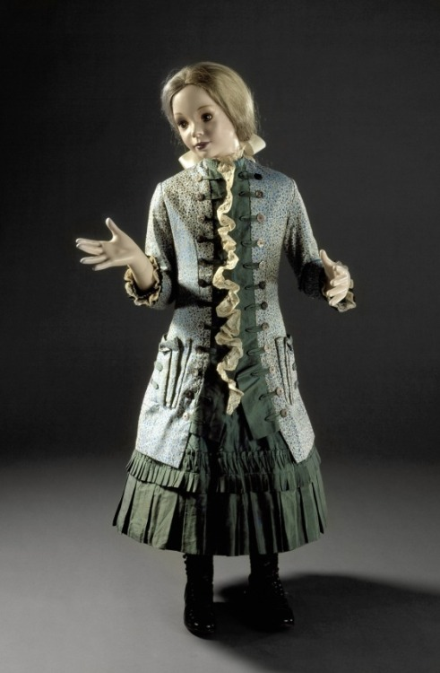omgthatdress:  Girl's Dress 1885 The Los Angeles County Museum of Art