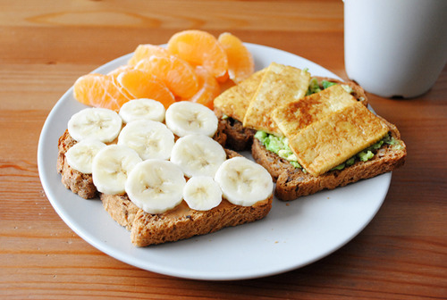 breathlifeinto:  healthy breakfast | Tumblr bei @weheartit.com – http://whrt.it/12FPMEH