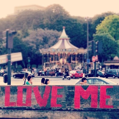 I took this #photo in #Paris #France last #summer! #LoveMe seems appropriate  for #valentinesday, non?