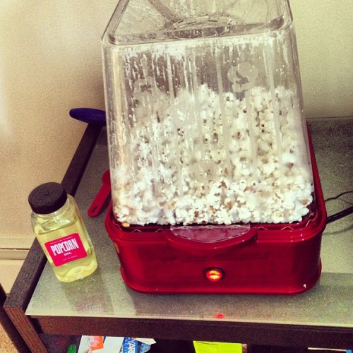 Popcorn machine gift thanks to a special someone 😁
