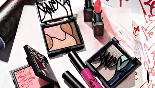 sephora:   	SHOP THE SMASHBOX LOVE ME COLLECTION AT SEPHORA.COM HERE ▸