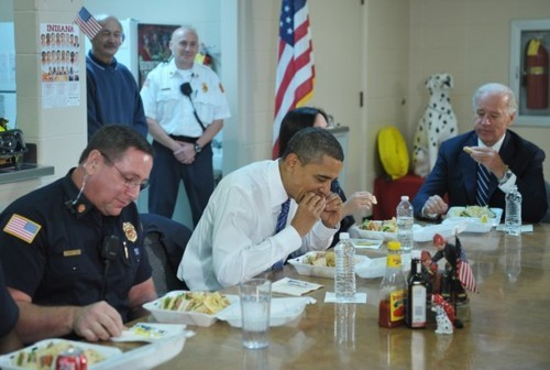 joebidenlookingatstuff:  Joe Biden looking at a mighty fine sandwich while President Obama nom nom noms.
