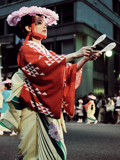 okashikuma:  Dontaku dancer ver.2 by k.nowak on Flickr.