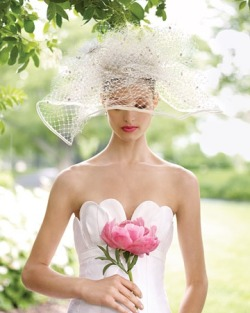 prettie-sweet:  via: Martha Stewart Weddings