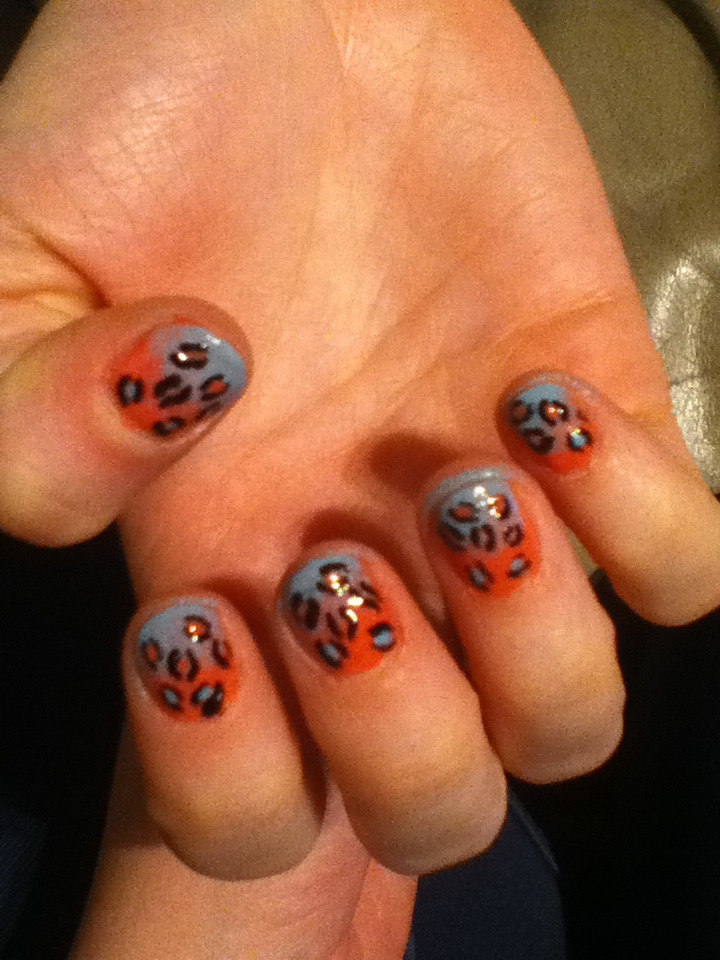 Did Suzie's nails! Leopard fade in coral and pale blue (weird lighting)