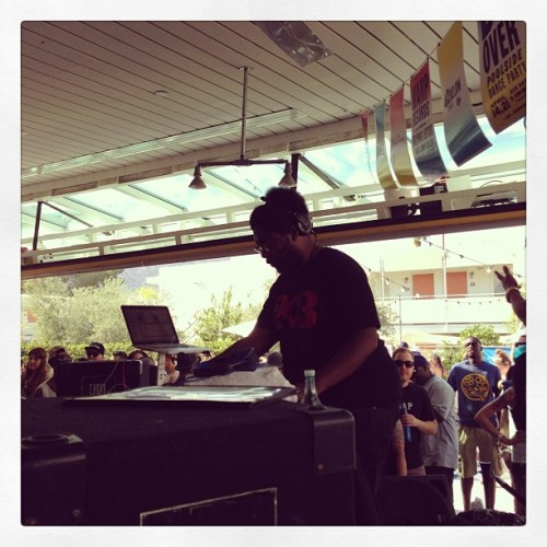 At the #ace hotel on this #sunny #coachella day for the #doover with DJ @questlove  (at Ace Hotel & Swim Club)