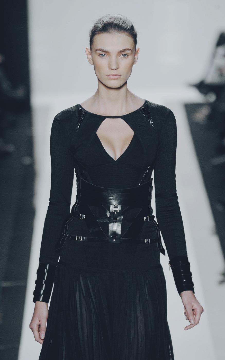 Hervé Léger by Max Azria / Fall 2012 / RTW Model: Daniela Mirzac #herve leger#max azria#daniela mirzac#fashion#Fashion Model#fashion show #ready to wear #runway#runway show