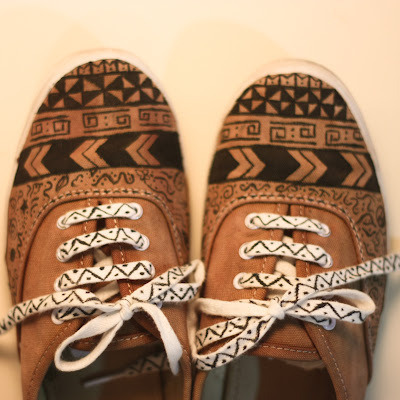 aztec, aztec shoes, diy, tribal - inspiring picture on Favim.com on We Heart It. http://weheartit.com/entry/39065181/via/squashybanana