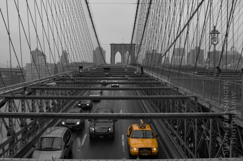 PHOTO of the day | May 8, 2013 | Yellow Taxi, Brooklyn Bridge