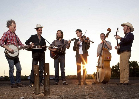 Old Crow Medicine Show Add Further Details To Broadcast of Sold-Out New Year's Eve Show At The Ryman