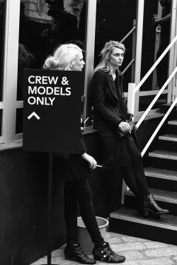 ashxkingston:  Models smoking before a show.