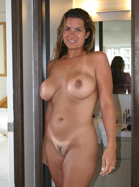 milf-homemade-sex-pictures:  Do you like my pic? Wanna hook up with me? Click Here