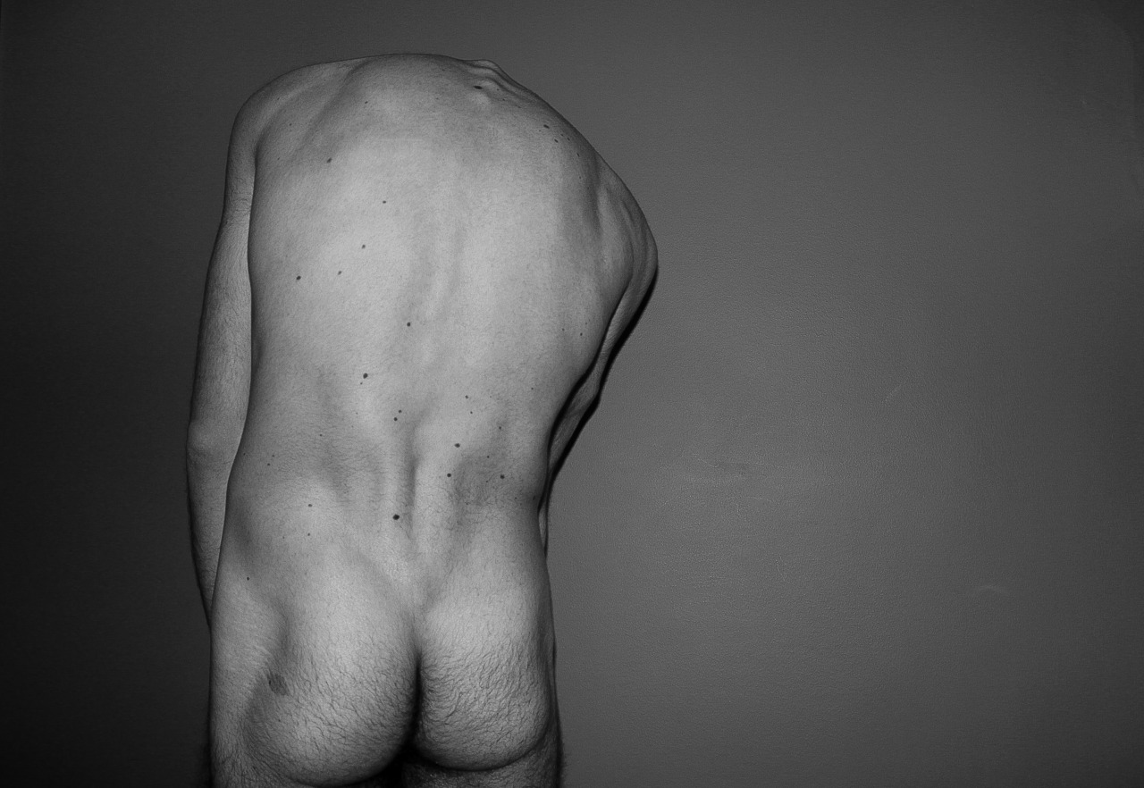 shirtlessboys:  By ANDY E. K.