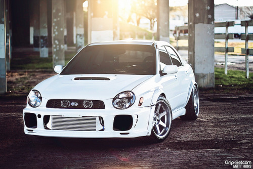 mwexclusive:  Chris's Bugeye by Matt Hans on Flickr.